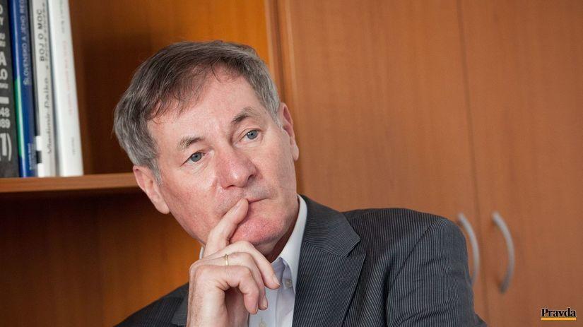 pavol hrusovsky kandidat na prezidenta