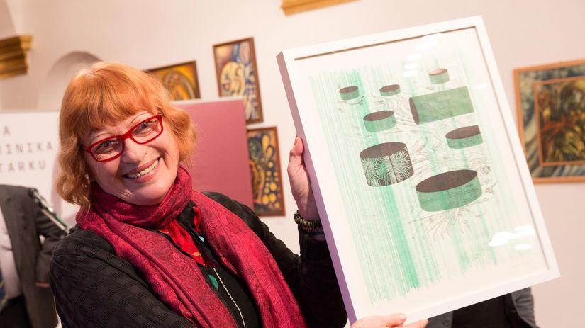 Poetka a prekladateľka Mila Haugová.