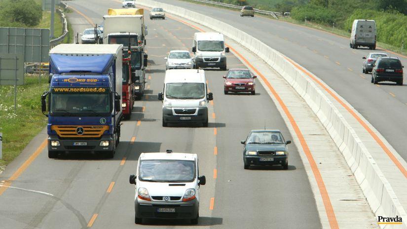 diaľnica, bratislava, trnava, doprava, D1