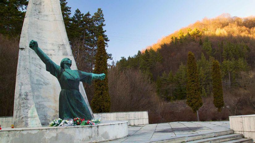 pamätník SNP, Nemecká