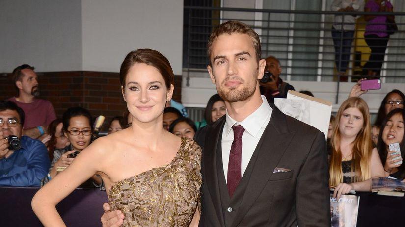 Shailene Woodley a jej kolega Theo James