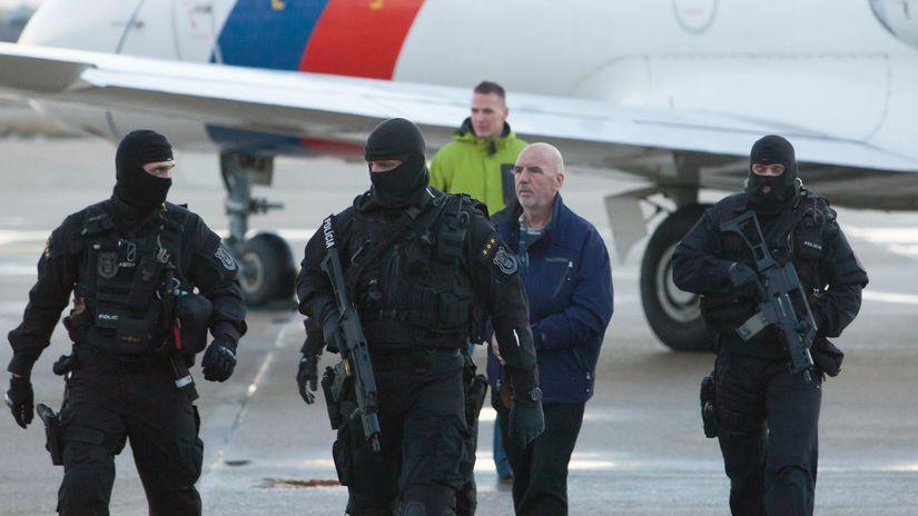 Baki Sadiki, letisko bratislava, policia