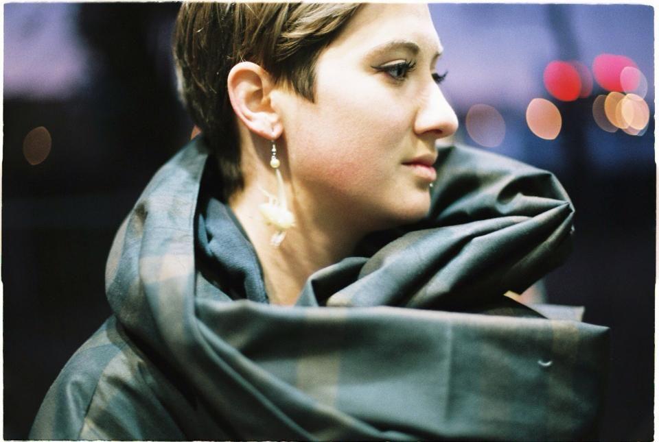 Dizajnérka Inka Polakovičová pracovala pre Buffet Clothing, momentálne sa sústredila najmä na prácu v Londýne.