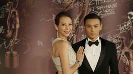 Čínsky herec Max Zhang a jeho manželka - herečka Ada Choi.
