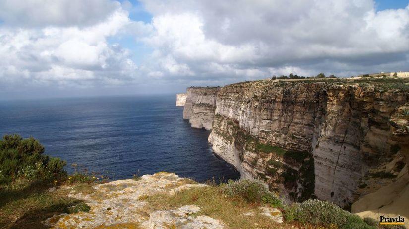ostrov Gozo, Malta, more,