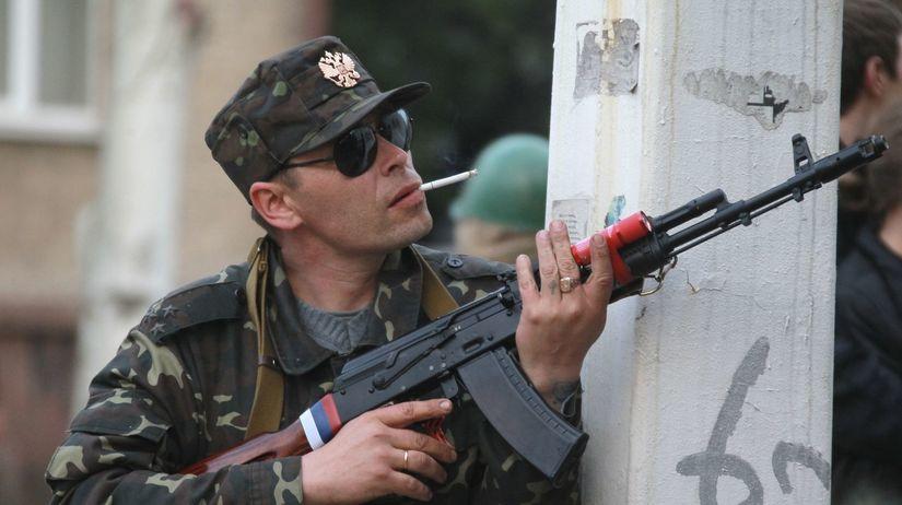 Ukrajina, Luhansk, ostreľovač, vojak, zbraň, puška