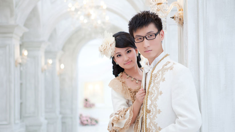 svadba - čína - Ázia - veľkolepý obrad - hostina
