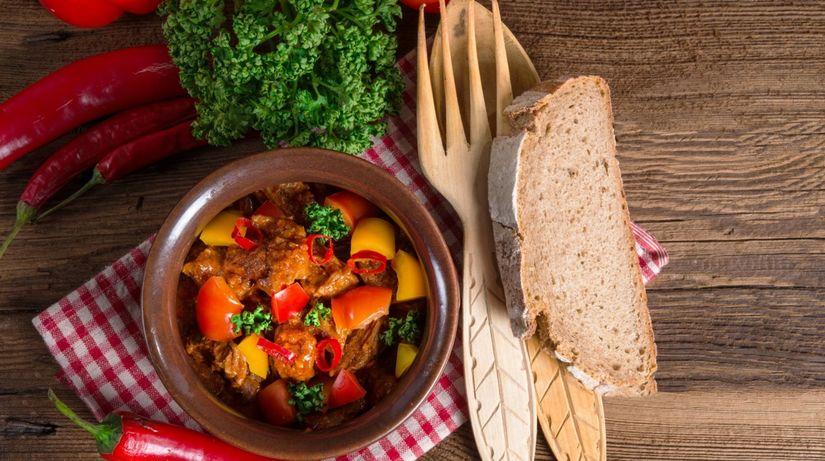 maďarská kuchyňa, paprika
