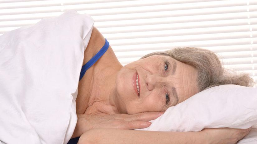 spánok, posteľ, senior, dôchodca