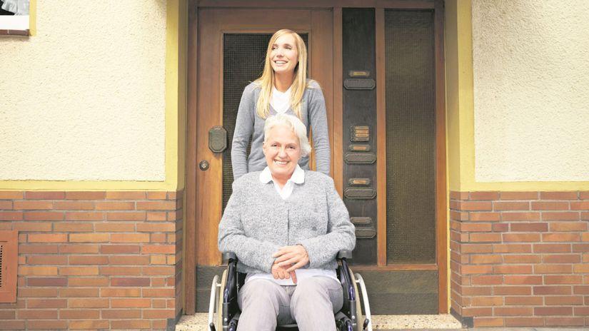 senior, vozík, staroba, imobilita, osteoporóza,...