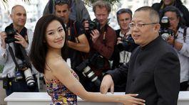 Herečka Jian RenZi (vľavo) a režisér Wang Chao.