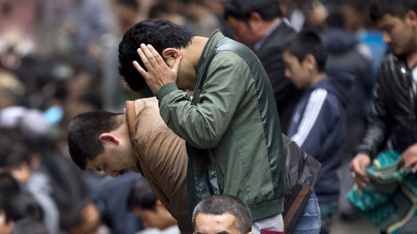 Čina, Ujguri, atentáty, modlitby, Urumči