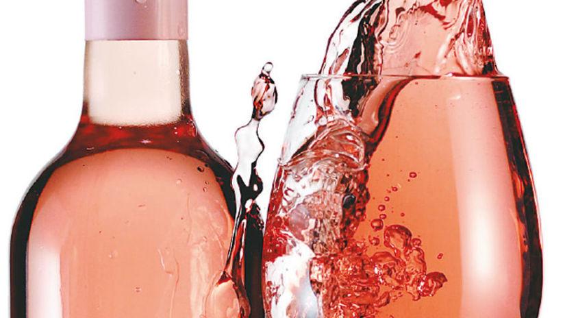 ružové víno, fľaša, pohár