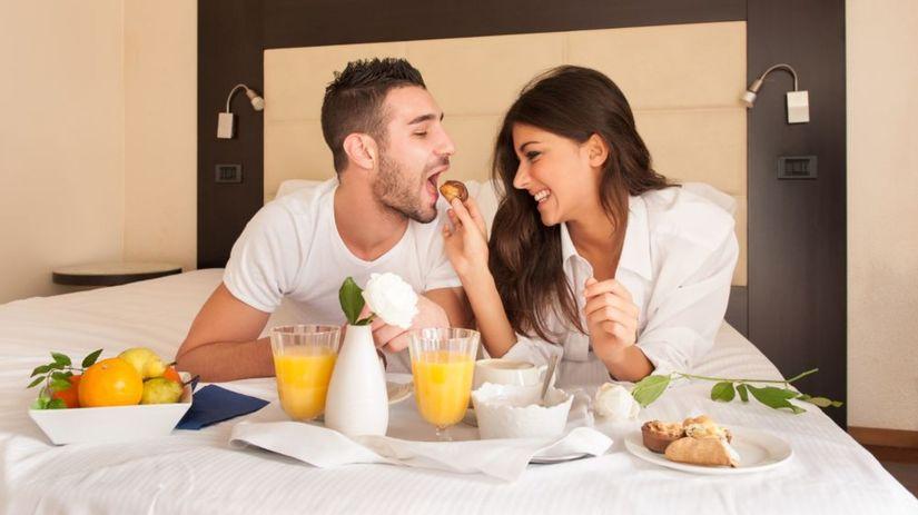 reštaurácia, hotel, mladý pár, raňajky