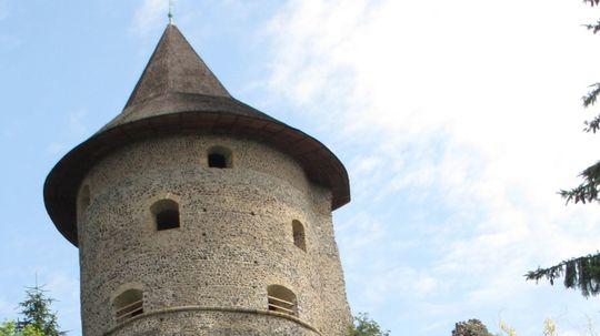 Ožívajú tajomné chodby pod hradmi Fiľakovo a Šomoška