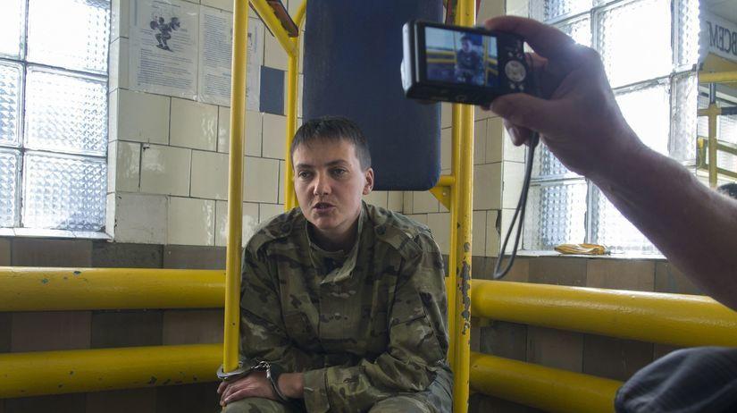 Nadežda Savčenková, Ukrajina, pilotka, únos,...