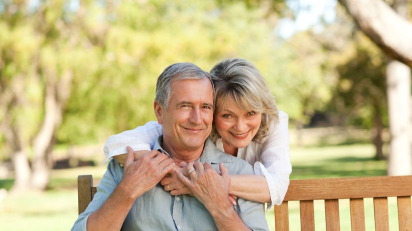 dôchodci, dôchodok, starci, starý človek, starý...