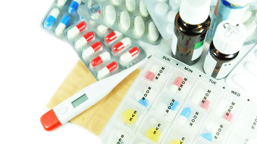 lekárnička, prvá pomoc, tabletky, teplomer