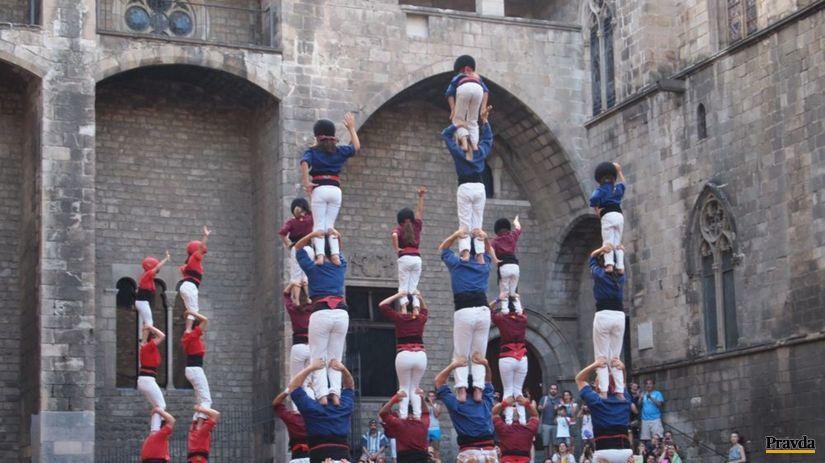 Barcelona, castellers, ľudské veže, Katalánci