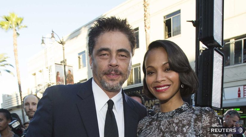 Herec Benicio Del Toro pózuje s kolegyňou Zoe...