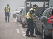 Švédsko, požiar, polícia, dym