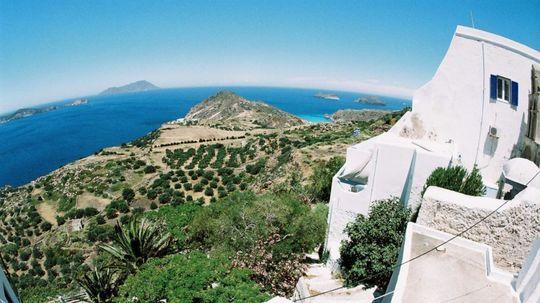 Grécky ostrov hľadá obyvateľov, ponúka 500 eur mesačne a k tomu dom