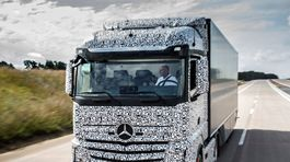 Mercedes-Benz Actros Future Truck 2025