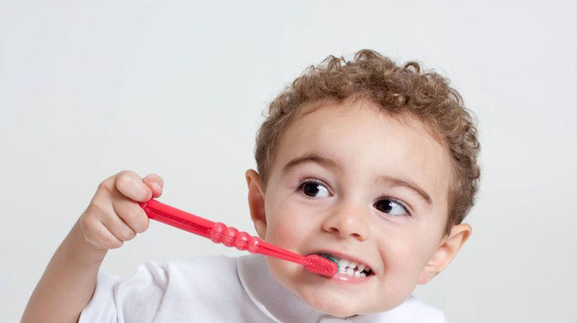 kefka, zuby, umývanie zubov, čistenie