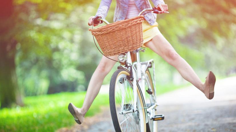 bicyklovanie - žena - radosť