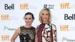 Herečky Kristen Wiig (vpravo) a  Linda Cardellini.
