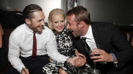 Tom Hardy(vľavo), Noomi Rapace a Matthias Schoenaerts