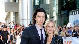 Herec Adam Driver s priateľkou Joanne Tucker.