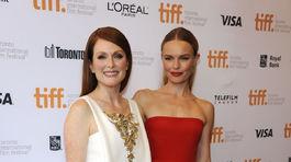 Julianne Moore (vľavo) a jej kolegyňa Kate Bosworth