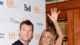 Sam Worthington s kolegyňou Jennifer Aniston