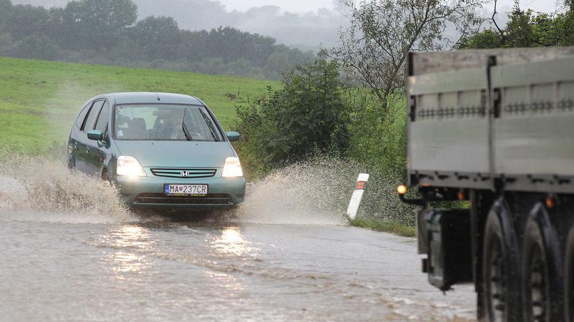 Záplavy, Záhorie, Pernek, voda, povodeň,...
