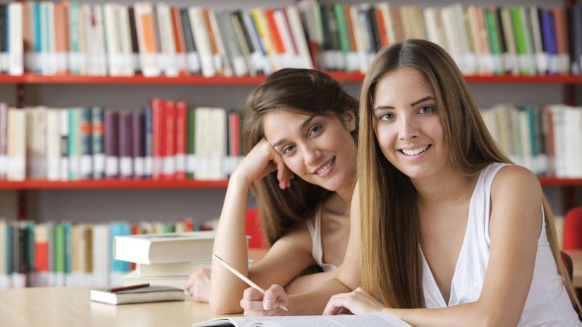 študentky, škola, učenie, knižnica