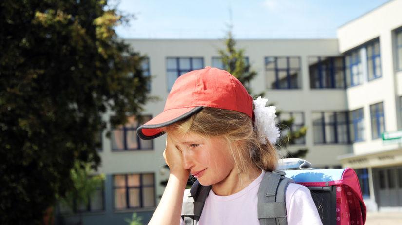 dieťa, plač, škola