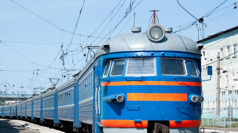 vlak, železnice, trať, koľaj