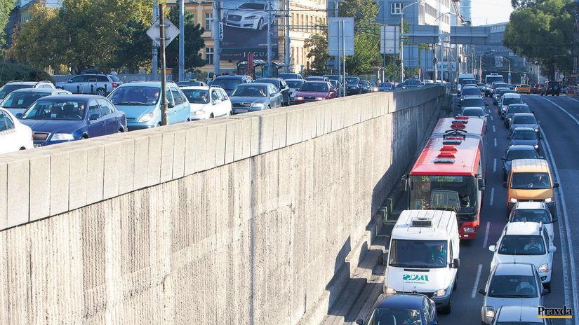 zápcha, Bratislava, cesta