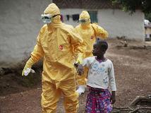 ebola, Libéria, lekári