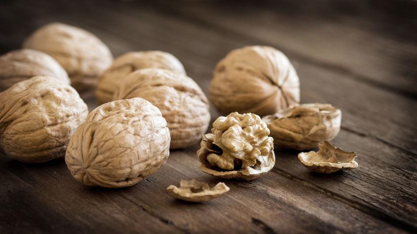 orechy - vlašské orechy