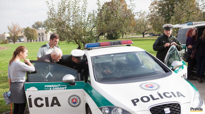 polícia, prehliadka techniky, policajné auto