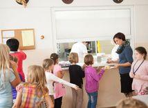 deti, škola, jedáleň