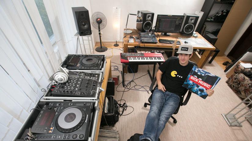 Mato Lenicky DJ B Complex