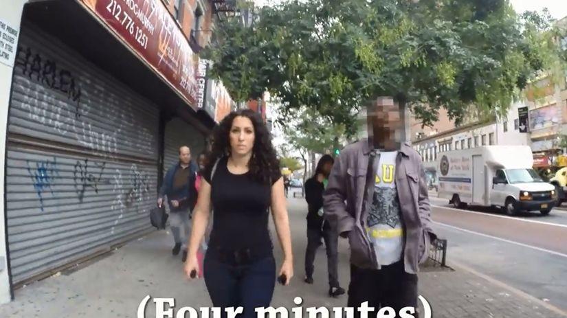 video - obťažovanie - žena -