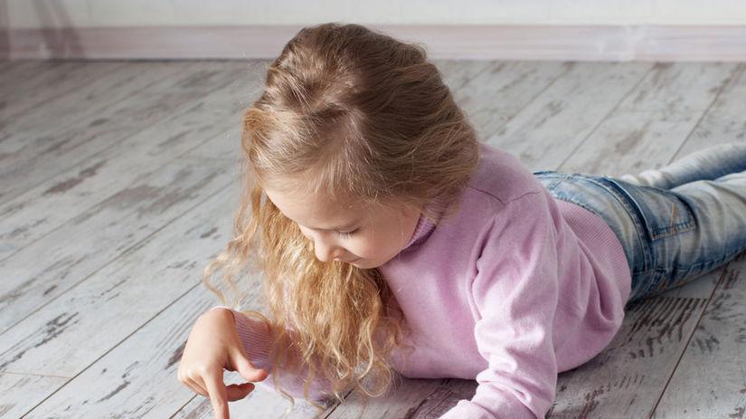 tablet, dieťa, facebook