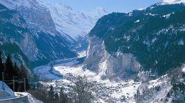 Lauterbrunnental, Svajciarsko, Jungfrau region, hory,