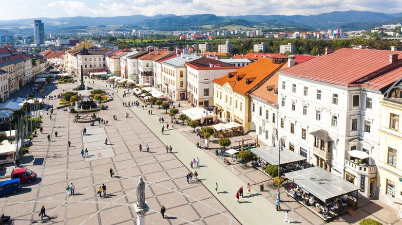 Banská Bystrica, Námestie SNP,
