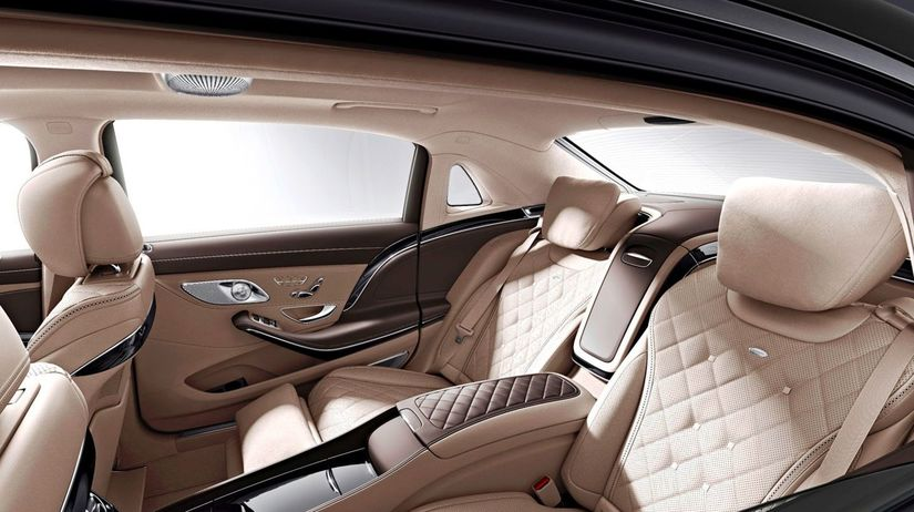 Mercedes-Maybach - 2015