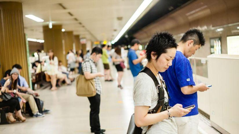 smartfóny, mobily, stanica, Japonsko,...